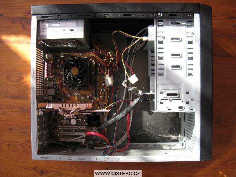 Pavučina v počítači 02
