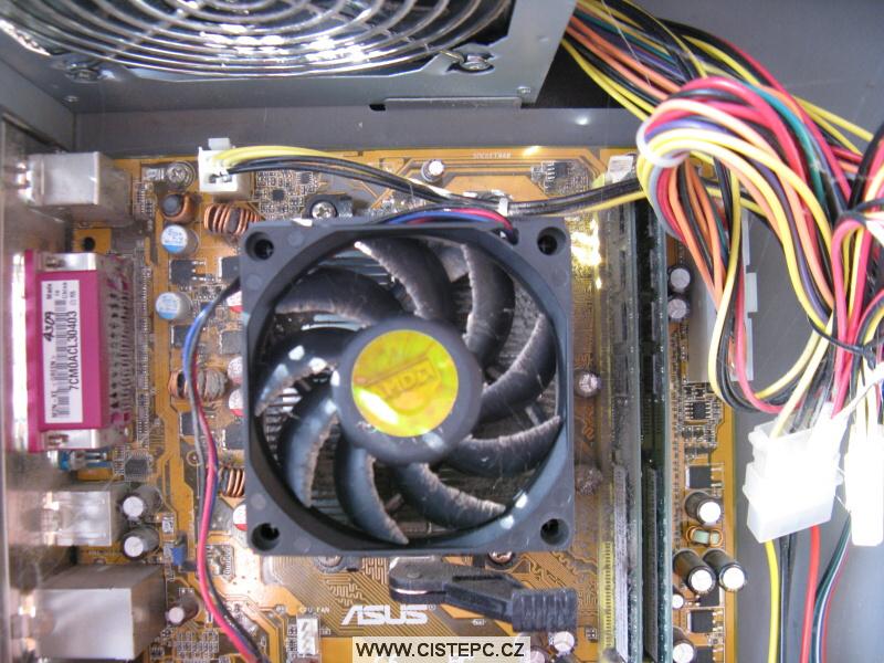 Pavučina v počítači 04
