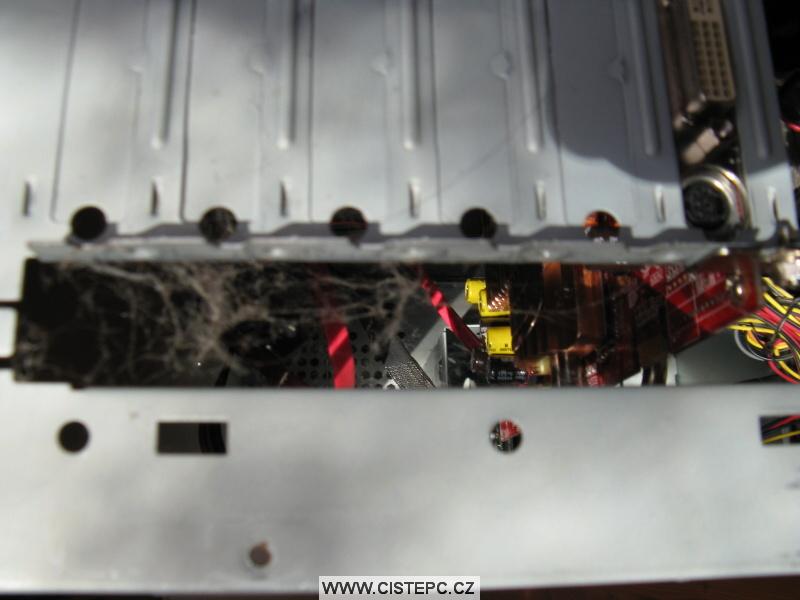 Pavučina v počítači 06
