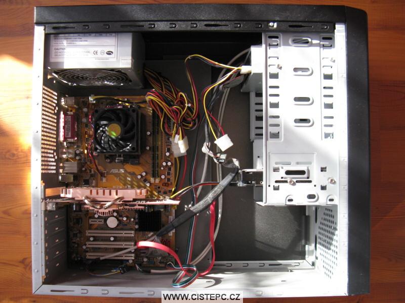 Pavučina v počítači 07