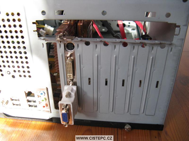 Pavučina v počítači 08