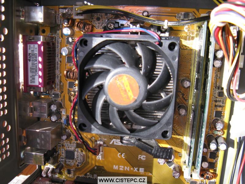 Pavučina v počítači 09