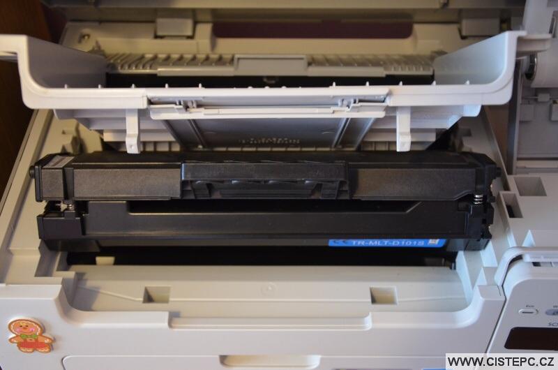 Jak vyměnit toner v tiskárně 8